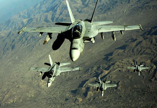 1024pxf18s_are_refueled_in_afghanis